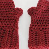 Red_Hands_01